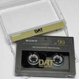 Geschichte der Musikproduktion - Eine Digital-Audio-Tape (DAT) Kassette