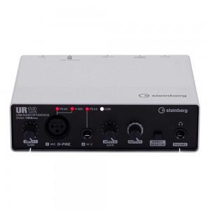 Die besten Audio-Interfaces für Einsteiger unter 150€ - Steinberg UR12